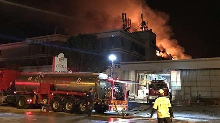 Pamukkale'de tekstil fabrikasında çıkan yangın 11,5 saatte söndürüldü