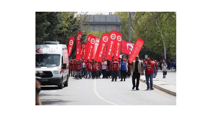Ankara'da 1 Mayıs kutlamaları Anadolu Meydanı'nda yapılıyor