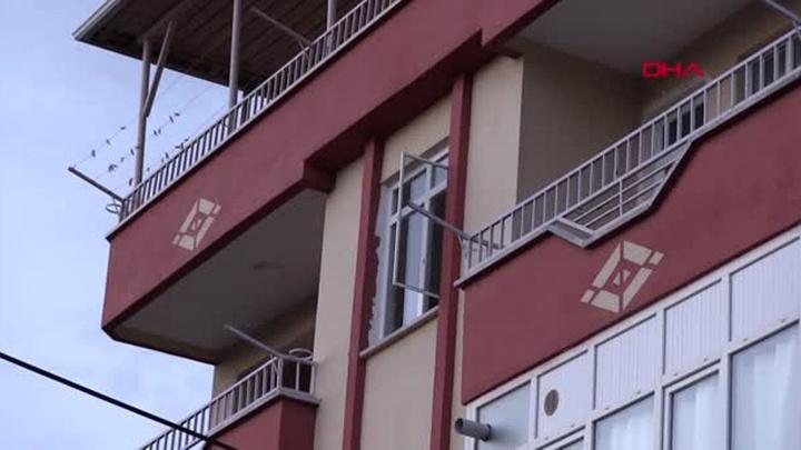 Tokat'ta 3'üncü kattan düşen çocuk yaralandı
