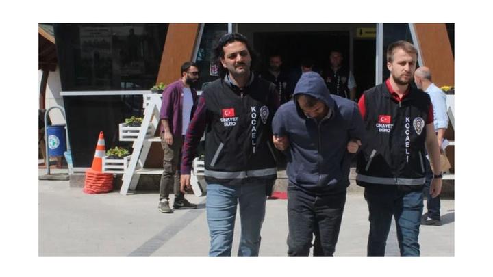Kocaeli'de takip ettikleri kişinin 125 bin TL parasını gasp eden 4 kişi yakalandı