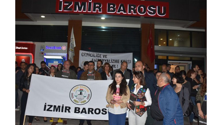 İzmir Barosu YSK'nın kararını protesto etti