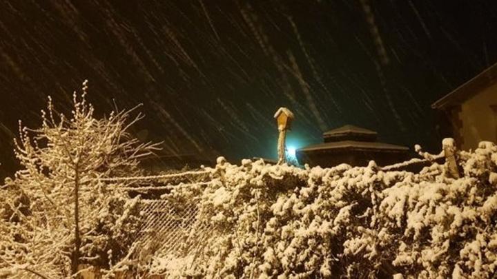 Konya'nın bazı ilçelerinde dün gece kar yağışı etkili oldu