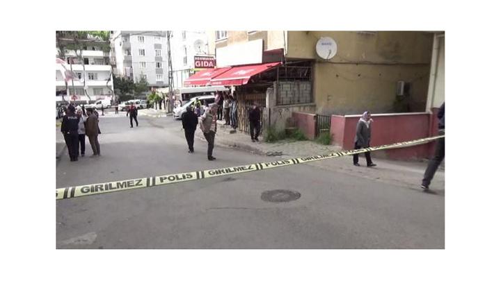 Maltepe'de silahlı kavgada yoldan geçen kadın yaralandı