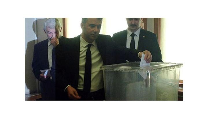 Pursaklar Belediyesinin yeni başkanı 3. tur oylama sonucunda belli oldu