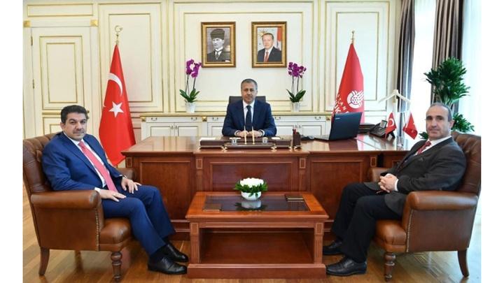 İstanbul Valisi ve Büyükşehir Belediye Başkan Vekili Ali Yerlikaya, AK Parti ve CHP Grup Başkan Vekillerini kabul etti