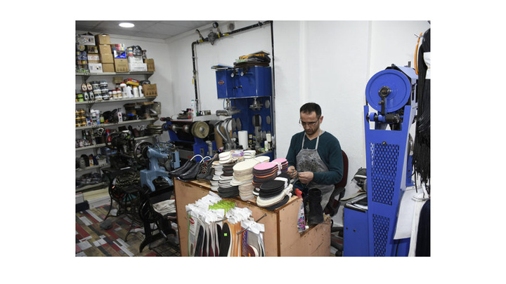 Niğde'de üniversite mezunu ayakkabı tamircisi Avrupa şampiyonu oldu