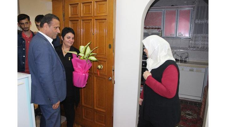 Bandırma'da şehit annesine sürpriz ziyaret
