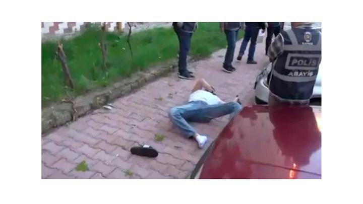 Kayseri'de aranan şüpheli şahıs polisi karşısında görünce 5. kattan atladı