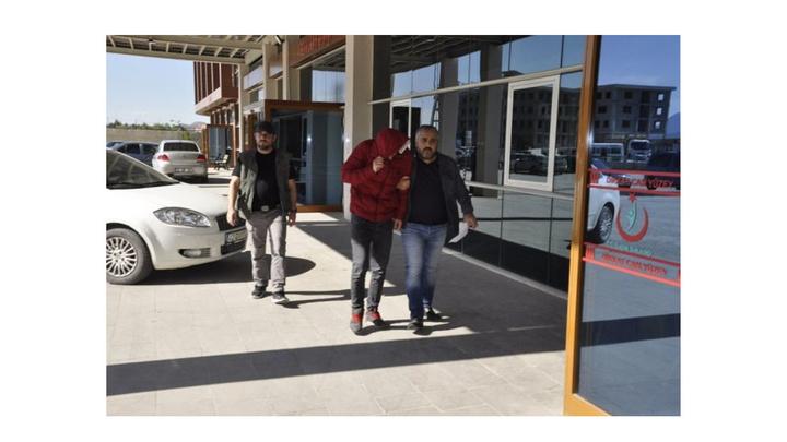 Konya'da satışa hazır 13 paket eroin ele geçirildi