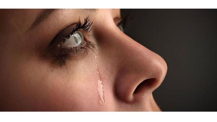 Doç. Dr. Barış Yeniad: Menopoz, göz yaşını azaltıyor
