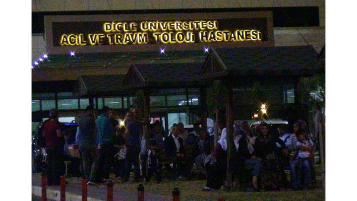 Diyarbakır'da yol tartışması silahlı kavgaya dönüştü: 1 ölü, 3 yaralı