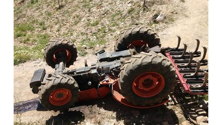 Aydın'da traktörün altında kalan sürücü öldü
