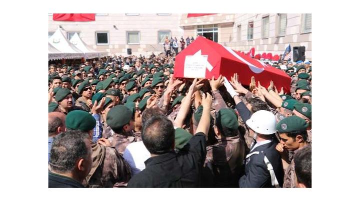Şehit Komiser Yardımcısı Özel Harekat Polisi Şükrü Can Kayadibi törenle memleketine uğurlandı