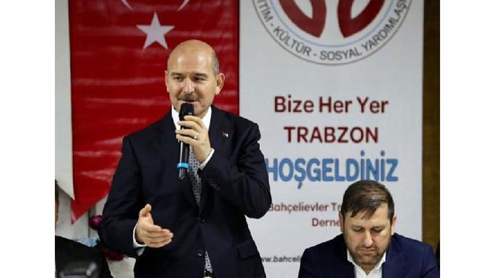 İçişleri Bakanı Süleyman Soylu, sahurda Trabzonlularla buluştu