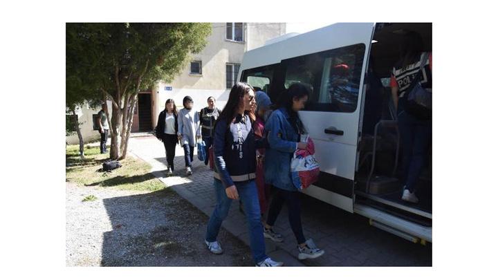 Kütahya'da FETÖ şüphelisi üniversiteli 7 kız öğrenci adliyede