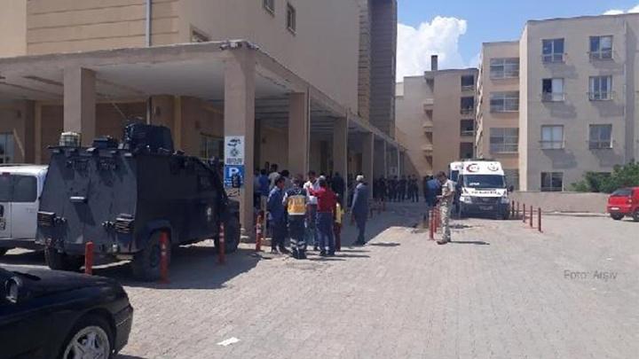 Viranşehir'de iki aile arasında 'arazi' kavgası: 2'si ağır 8 yaralı, 17 gözaltı