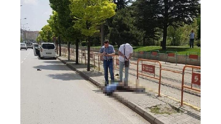 Eskişehir'de tramvayın çarpmasıyla yaralanan kişi 1 gün sonra hastanede hayatını kaybetti