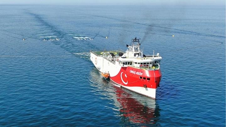 İlk yerli ve milli sismik araştırma gemisi Oruç Reis Marmara'da