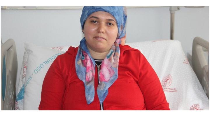 Samsun'da iç organlar ters olan kadın ayna yöntemi kullanılarak safra kesesi ameliyatı oldu
