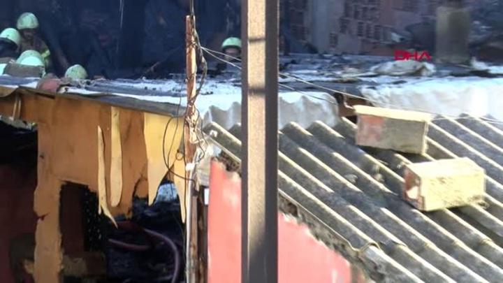 Fikirtepe'de yangında 2 kişi öldü