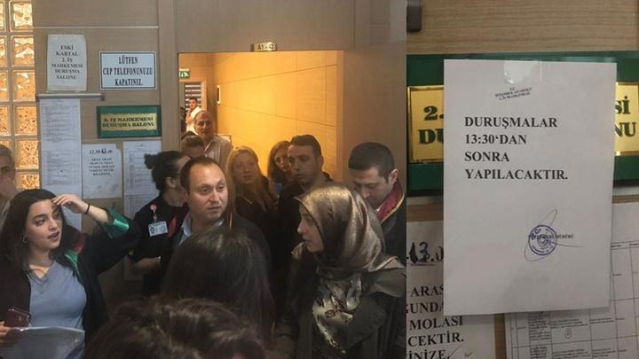 İzmir Barosu'ndan 'etek boyu' tartışması tepkisi