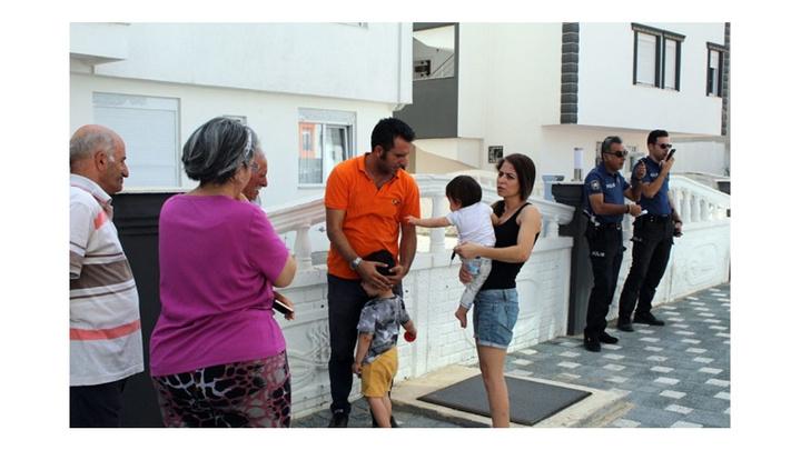 Antalya'da anne 2 çocuğunu yangından kurtardı