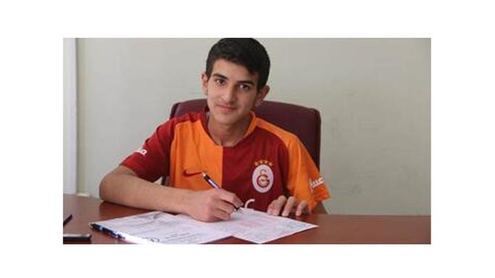 Sivas'ta ameliyat olan öğrenci hastaneden LGS'ye girdi