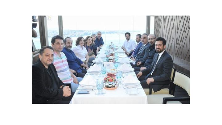 Kültür ve Turizm Bakanı Mehmet Nuri Ersoy'a ünlü yönetmenlerden iftar daveti