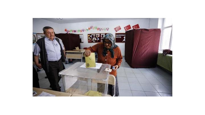 Kırıkkale'nin Keskin ilçesindeki seçmen oy vermeye başladı