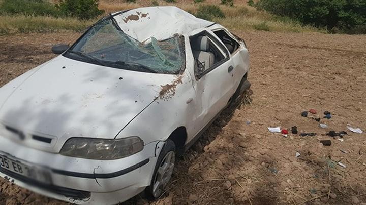 Aksaray'da traktörle otomobil çarpıştı: 4 yaralı