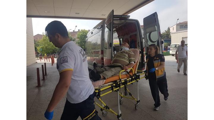 İnegöl'de kontrolden çıkan TIR'ın sürücüsü yaralandı