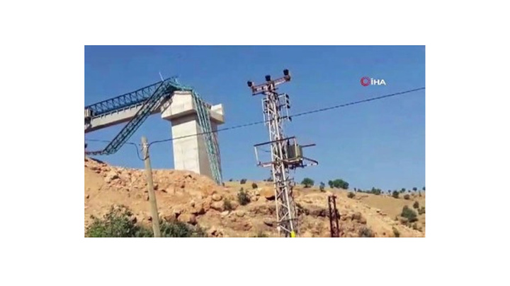 Siirt'te köprü inşaatında kullanılan vinç devrildi: 1 yaralı