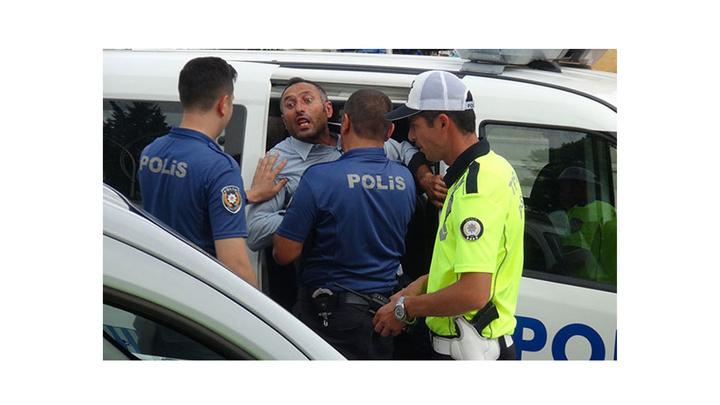 Çorum'da çıkan kazmalı kavgayı polis güçlükle ayırdı