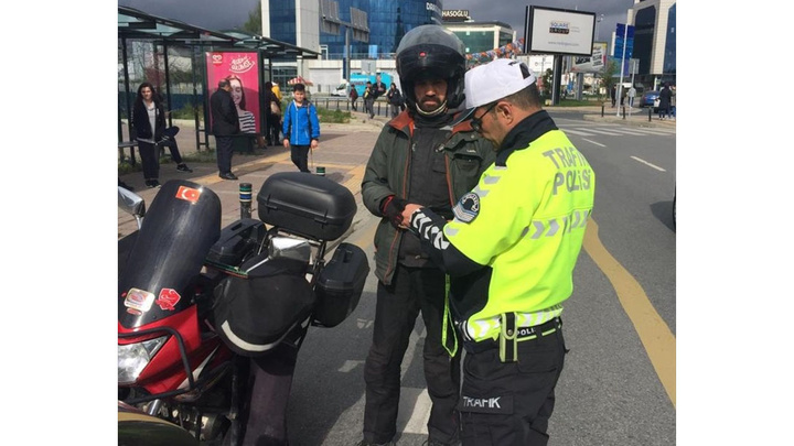 Emniyet Genel Müdürlüğü'nden turizm bölgelerinde 'motosiklet- kask' denetimi
