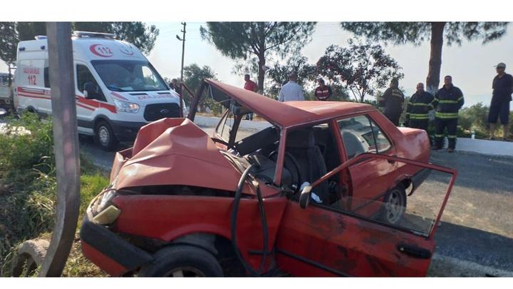Didim'de otomobilin trafik levhasına çarptığı kazada 1 ölü 5 yaralı