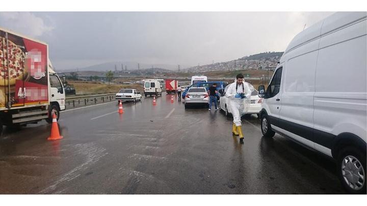 İstanbul'da bir kadın yol ortasında pompalı tüfekle öldürüldü