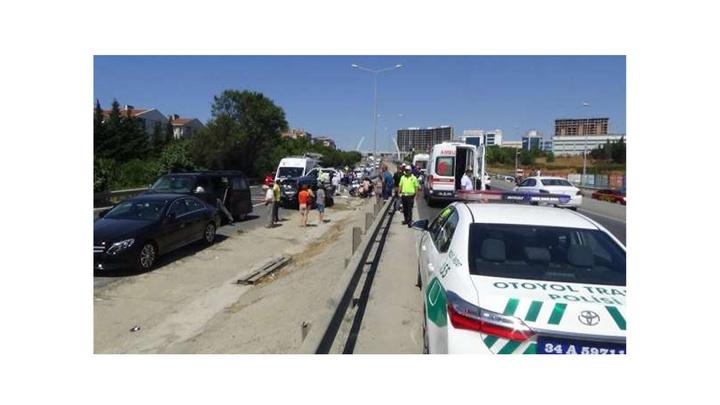 Silivri'de 7 aracın karıştığı  zincirleme kazada 7 kişi yaralandı