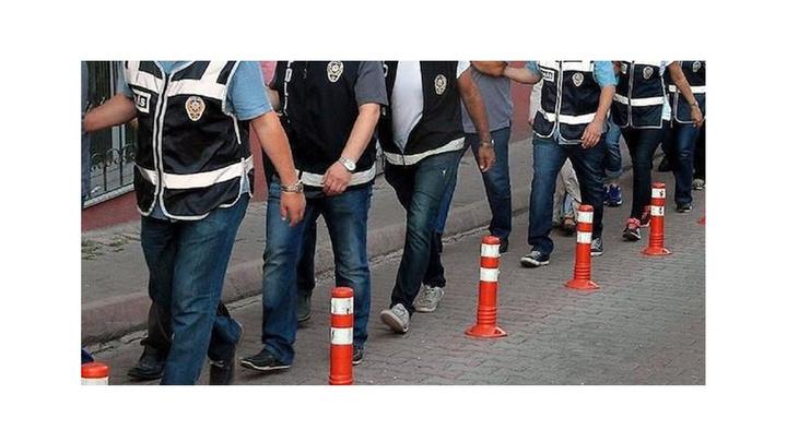 İstanbul merkezli 15 ilde FETÖ'nün TSK yapılanmasına operasyon düzenlendi