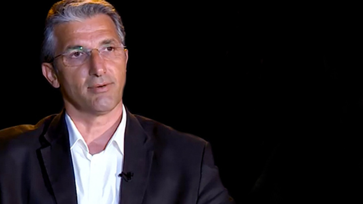 FETÖ'den tutuklanan CHP'li başkan için CHP'liler neden sessiz? Nedim Şener açıkladı