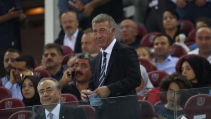 Ahmet Ağaoğlu Trabzonspor'un futboluna alkış tuttu: Olması gereken bu