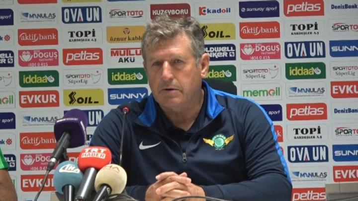 Akhisarspor Teknik Direktörü Safet Susic'ten itiraf gibi açıklama: Bizden üstünler