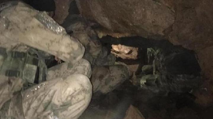 Siirt'te PKK'lı teröristlere ait 9 sığınak kullanılamaz hale getirildi