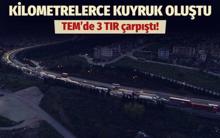 3 TIR çarpıştı: TEM'de trafik durdu!