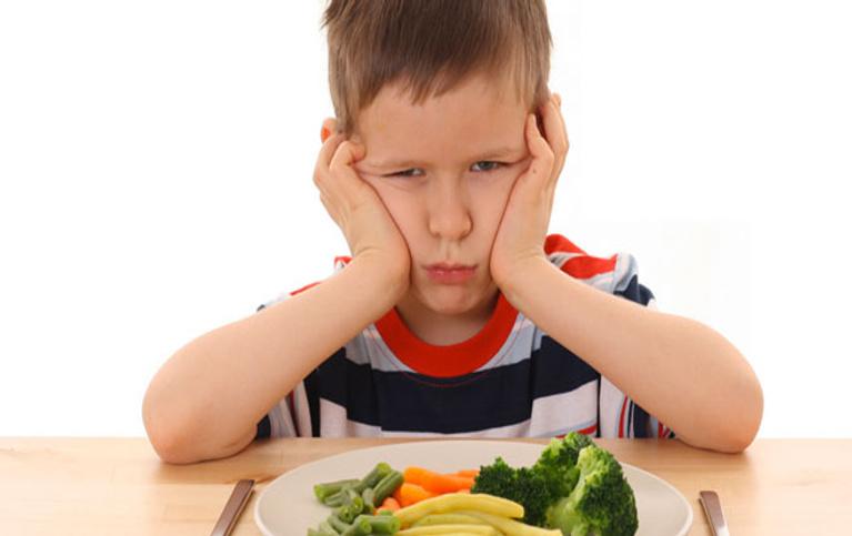 Yemek yemeyen çocuğa nasıl davranılmalı?