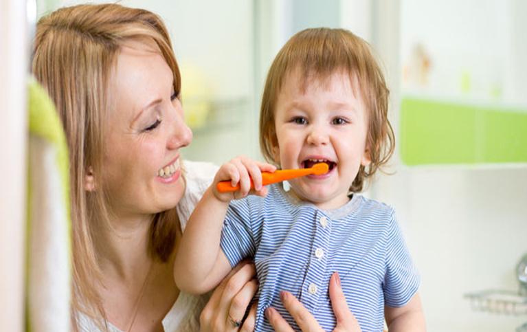 Bebeklerde diş kontrolü ne zaman yapılır?